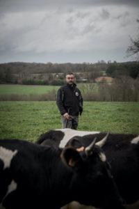 Cédric Briand de la Ferme des 7 Chemins Le Dresny - Photo Paul Stefanaggi